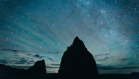 Звездное небо, холмы, ночь