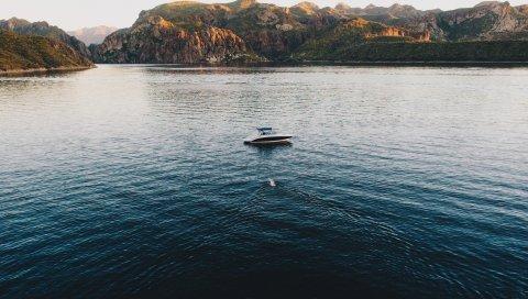 Лодка, озеро, море, горы