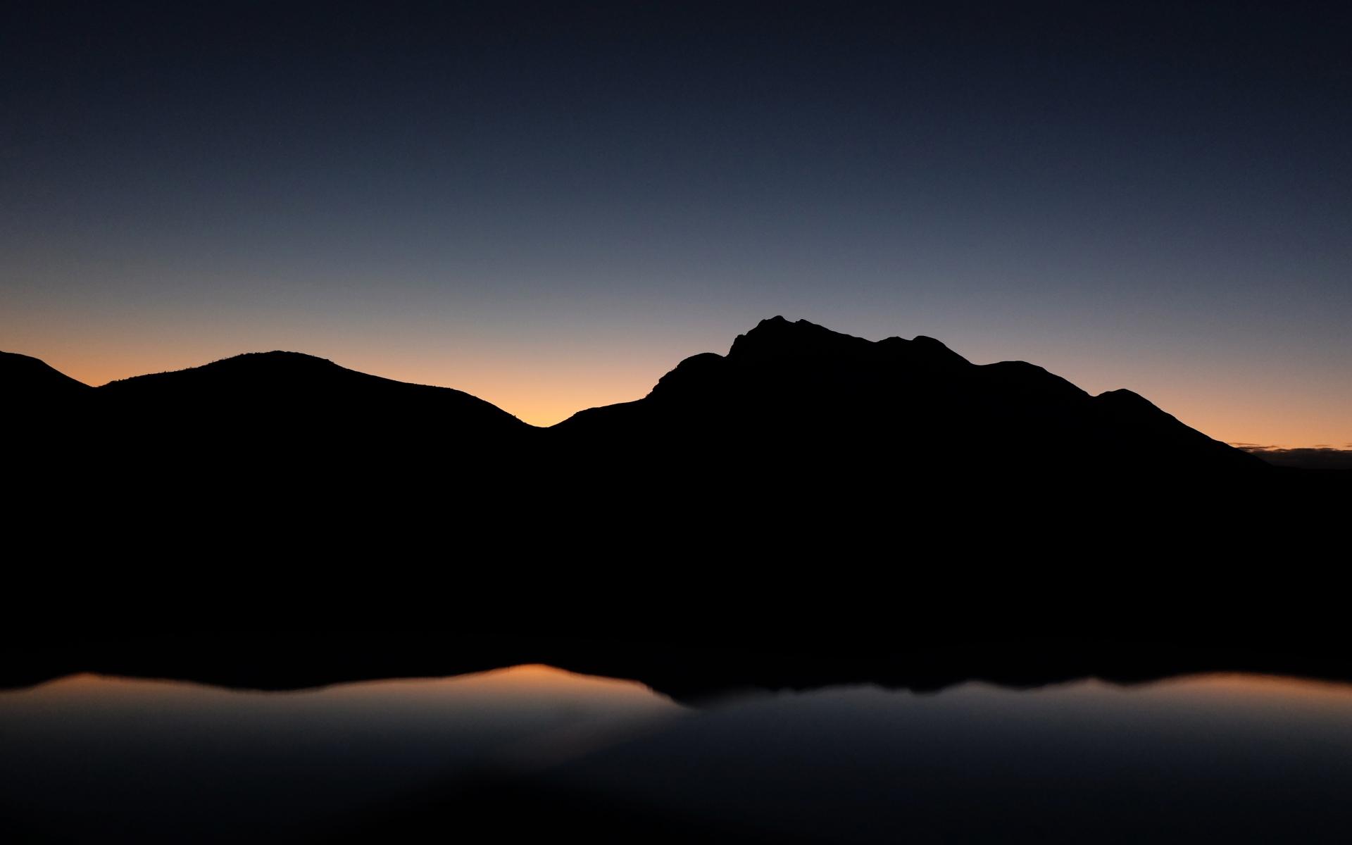 Картинки Горы, холм, темнота фото и обои на рабочий стол