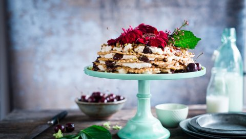 Торт, вафли, цветок, ягоды