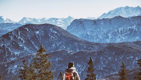 Горы, турист, рюкзак, свобода