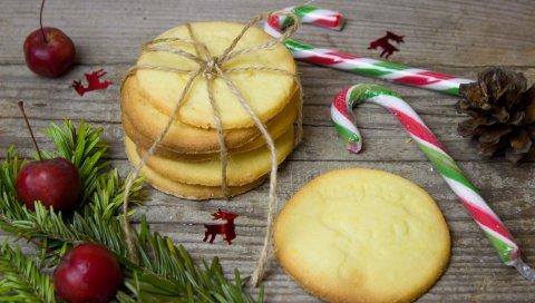 Печенье, рождество, конфеты, конусы, ягоды