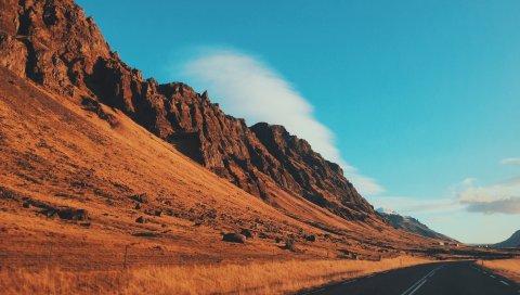 Пустыня, холмы, дорога, маркировка