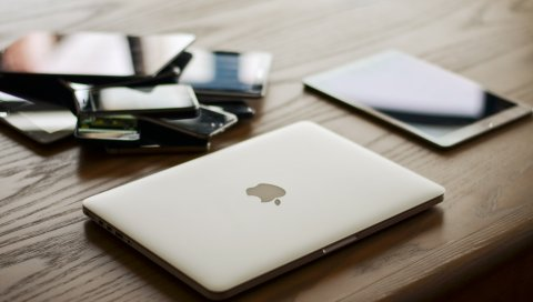Яблоко, macbook, ipad, смартфон