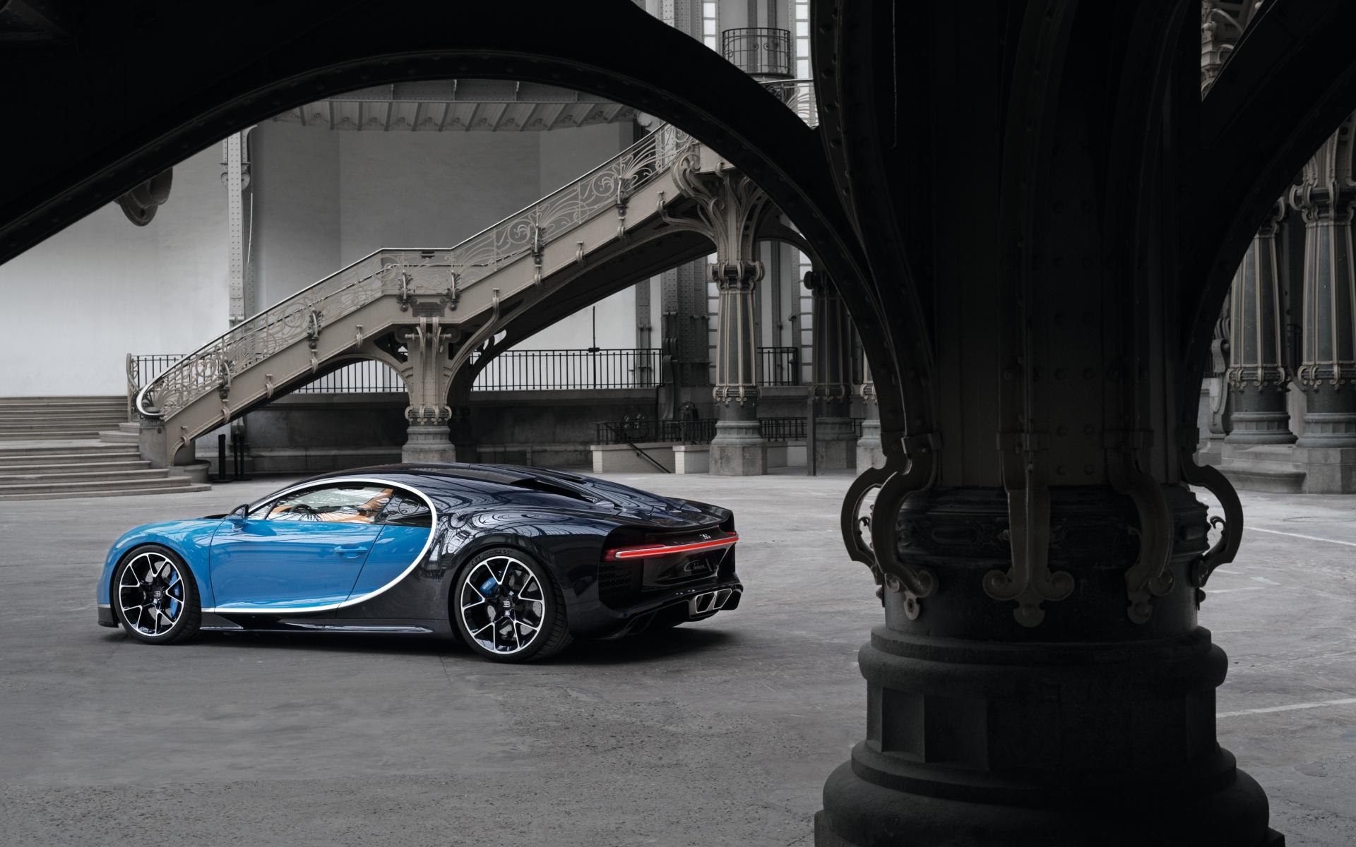 Картинки Bugatti, chiron, вид сбоку фото и обои на рабочий стол