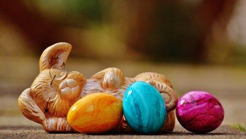 Пасха, Пасхальный кролик, яйца