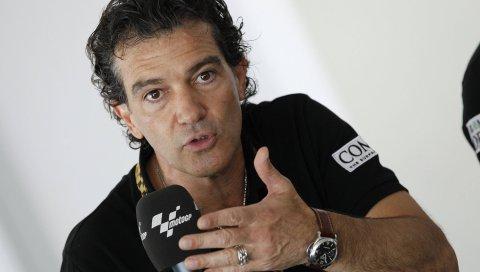 Антонио бандерас, микрофон, актер
