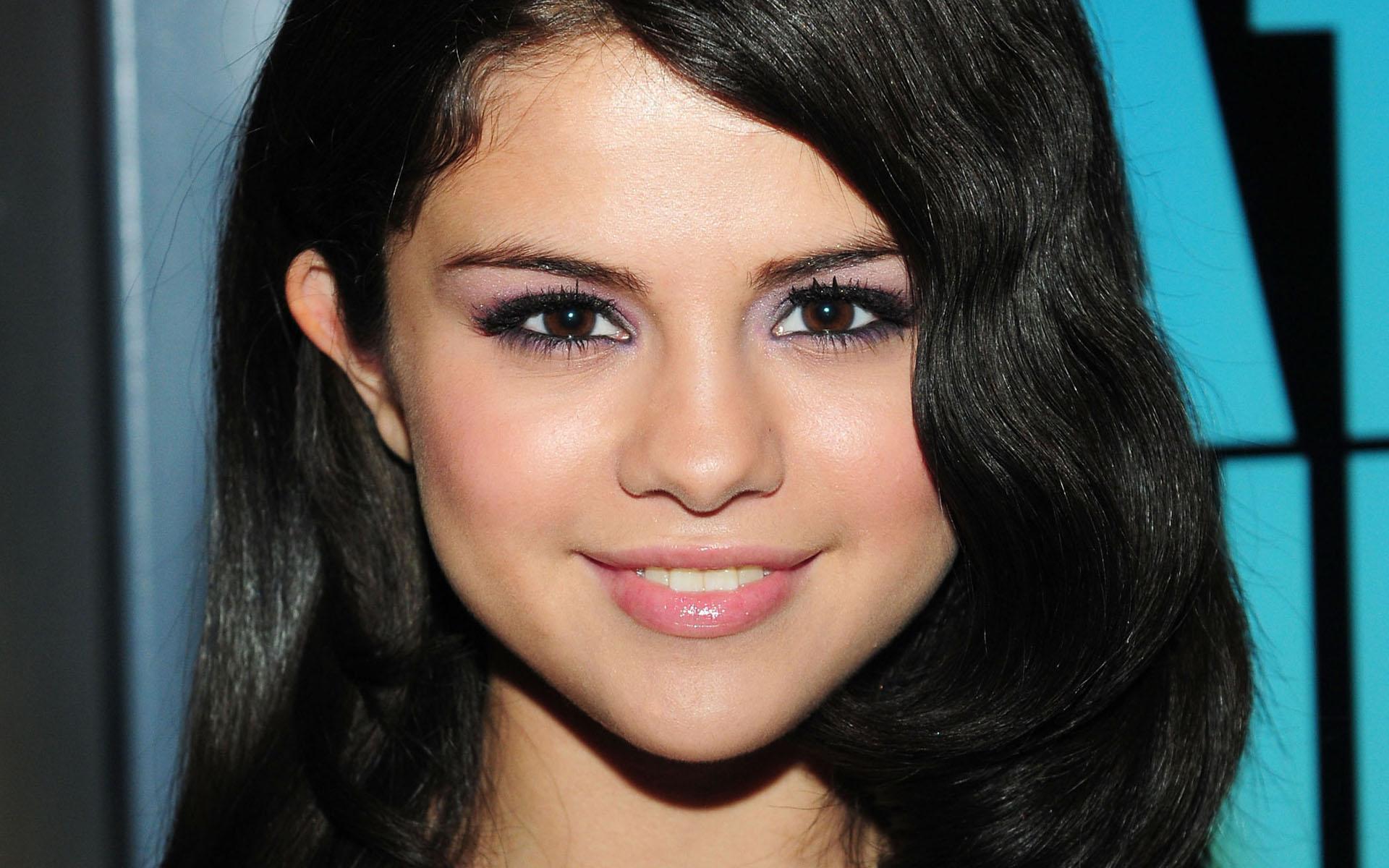 O maior melhor e mais completo fãsite sobre Selena Gomez em todo o mundo