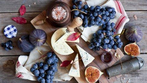 Рис, виноград, сыр, доска