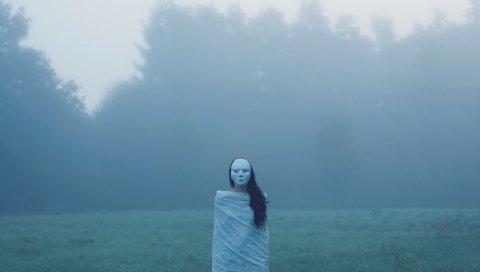 Туман, поле, лес, фигура, маска