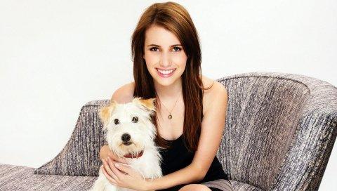эмма Робертс, актриса, модель, собака, улыбка, брюнетка
