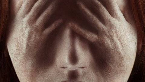 Oculus, в апреле 2014 года, Карен Гиллан, Кейли рассел, ужас