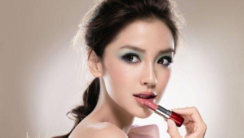 Девушка, азиатская, брюнетка, помада, макияж