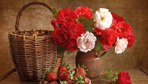 Цветы, цветок, земляника, натюрморт