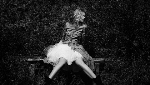 Девушка, платье, юбка, парк, черно-белый