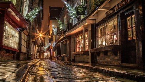 Улица, дома, дорога, мощение, окна, фары, магазины, вечер, ночь, англия, рождество, новый год