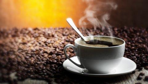 Стол, зерно, блюдце, чашка, ложка, кофе, напитки, дым