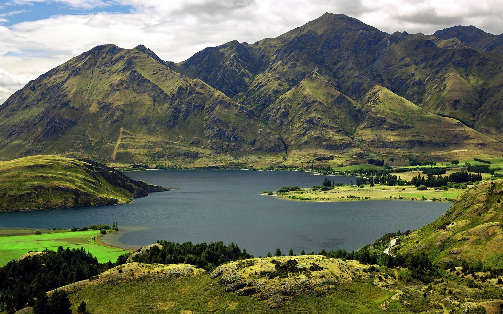 Картинки Горы, небо, трава, озеро фото и обои на рабочий стол