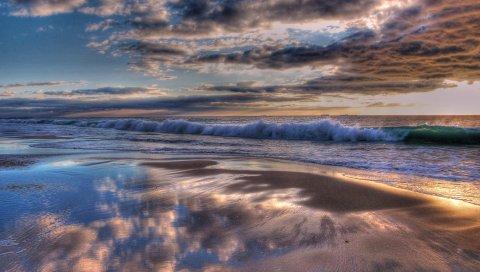 Индийский океан, вода, волны, пляж, облака, закат