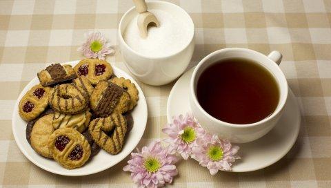 Сахар, печенье, чай
