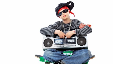 Хип-хоп, мальчик, очки, кепка, лента, коньки, белый фон