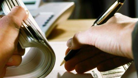 рука, ручка, блокнот,примечания