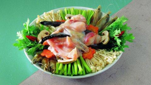 Блюдо, грибы, овощи, морепродукты