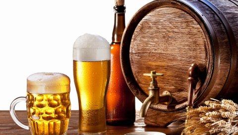 пиво, бочка, бутылка, стакан, kuhol, уши , композиция, белый фон, капли, пены, кран, блюдце, настольное