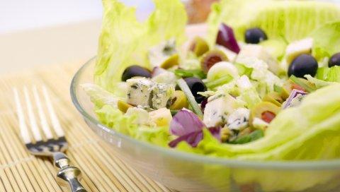 салат, хорошие, овощи, зелень, оливки, вилки,