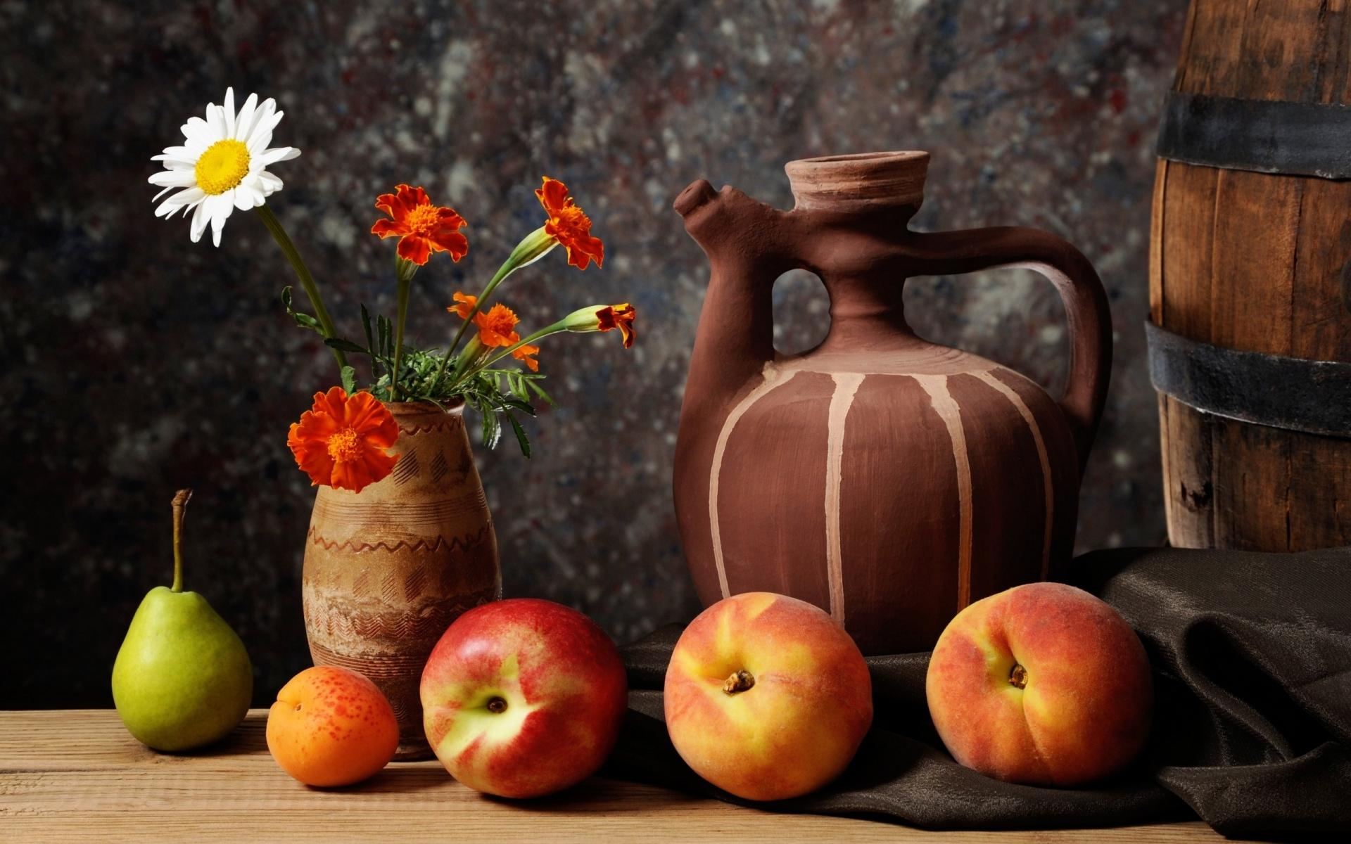 Картинки Груша, фрукты, абрикос, нектарин фото и обои на рабочий стол