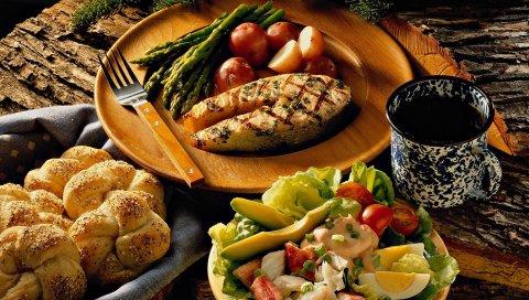 Стейк, овощи, рулеты, ужин, вкусный