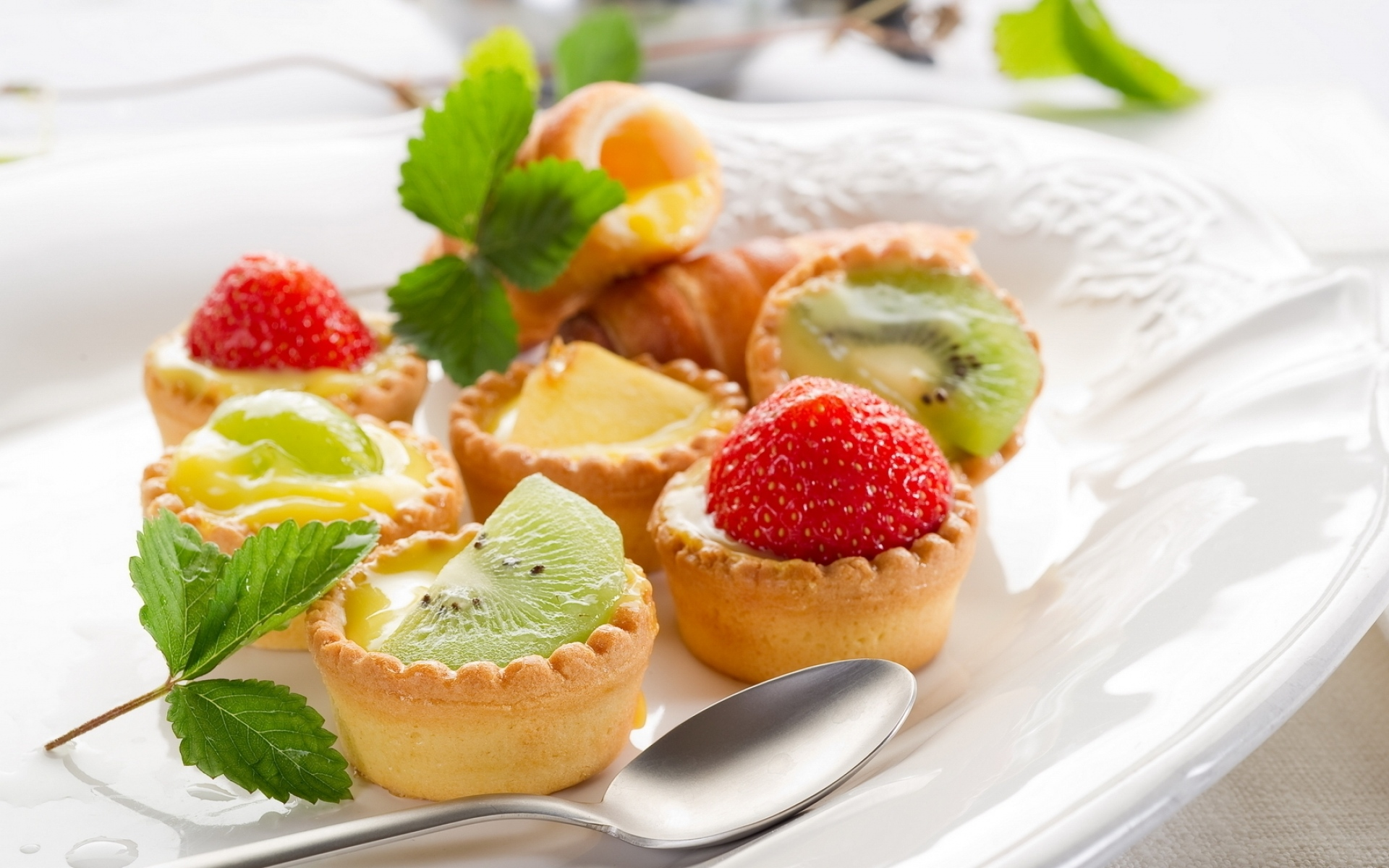 Картинки Торты, пироги, фрукты фото и обои на рабочий стол