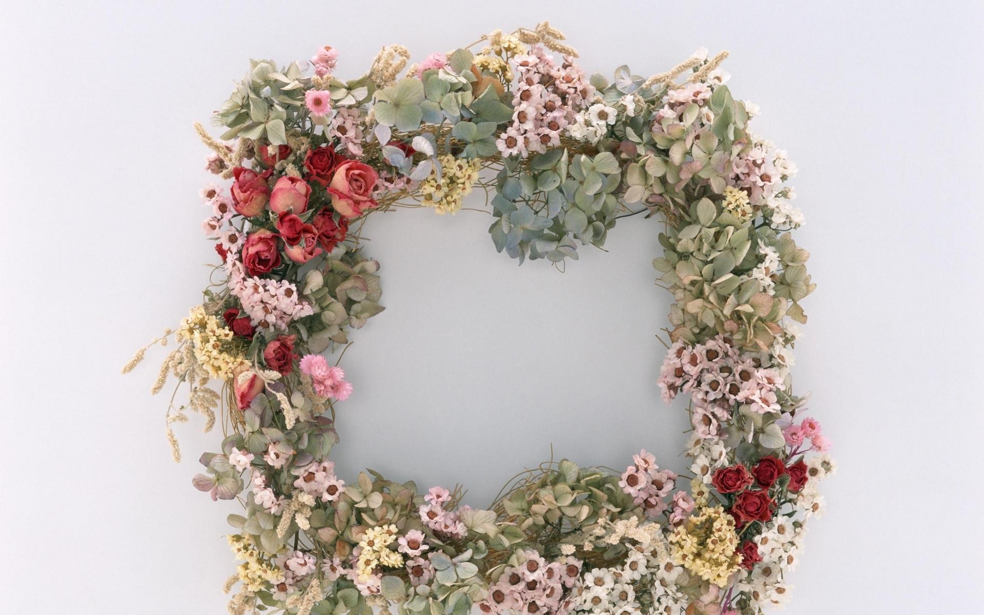 Картинки Розы, цветы, разнообразие, венок, сухие фото и обои на рабочий стол