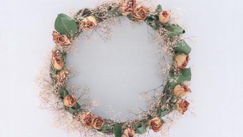 Розы, листья, гипсофила, венок, иссохший