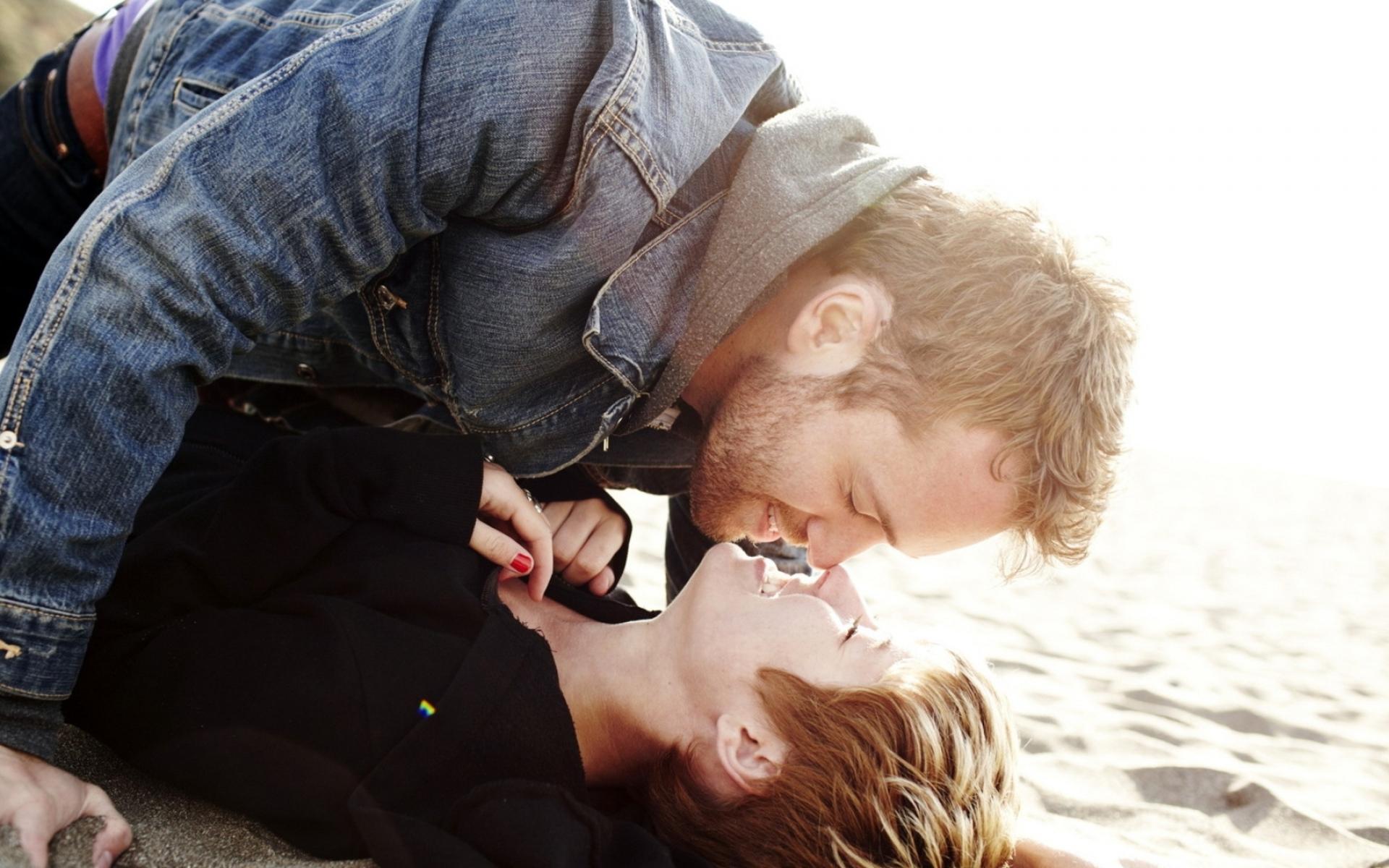 Картинки Пара, девушка, парень, мягкий, поцелуй фото и обои на рабочий стол
