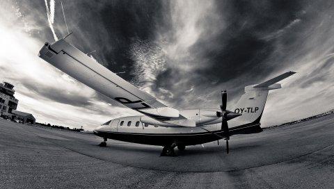 самолет, взлетно -посадочная полоса, ночь, черный и белый