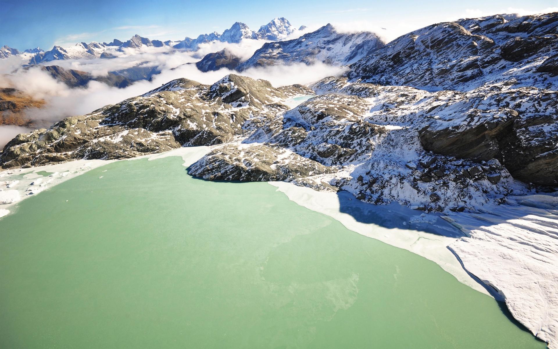 Картинки озеро, горы, лед, зеленый, холодный , пленение, зима, туман, поверхность фото и обои на рабочий стол