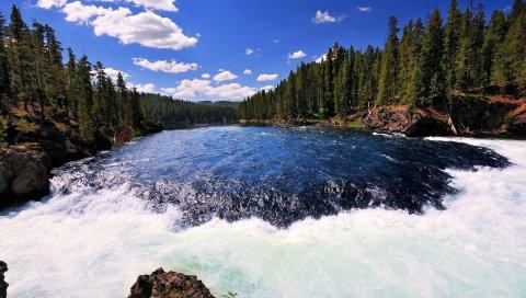 река, ручей, текущий, пена, шум, дерево, берег, небо, облака, синий, ярко, лето, контрастные