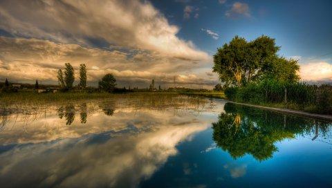 Небо, деревья, облака, озеро, отражение, зеркало, ярко, контраст, поверхность