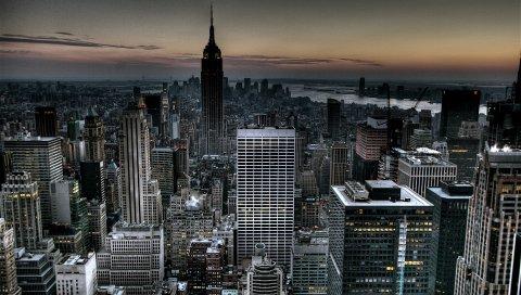Нью-Йорк, США, вечер, небоскребы