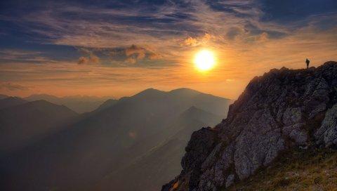 Солнце, свет, камень, человек, облака, небо, высота, альпинист, завоевание