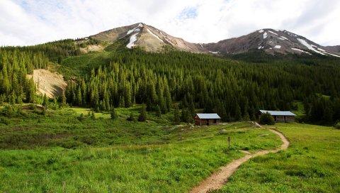 Тропинка, дом, горы, вершины, дерево, снег, небо, зеленый, лето, уединение