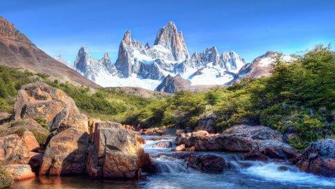 Горы, камни, дерево, вершины, заснеженные, ярко, ручей, река, текущее, ропот, тени