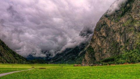 Облака, плотные, горы, внизу, снизу, ужасно