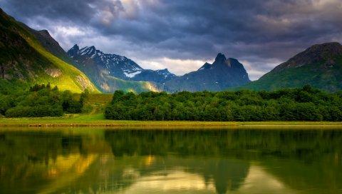 озеро, горы, побережье, деревья, облака, тишина, перед дождем