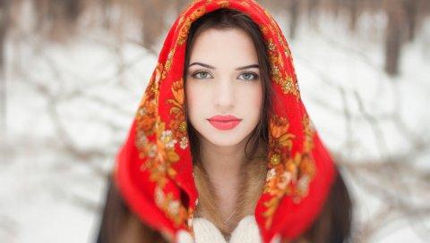 Брюнетка, девушка, взгляд, шарф, рукавицы