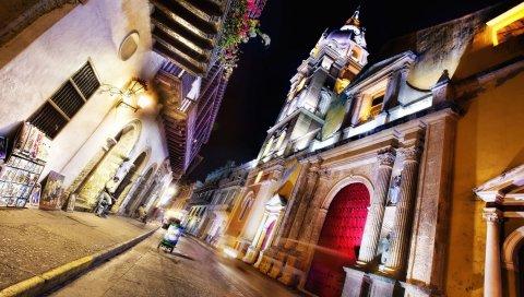 Картахена, Коломбия, ночь, улица, архитектура