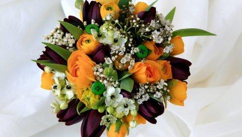 Тюльпаны, розы, ранункулюс, чайное дерево, пуговицы, композиция, аромат