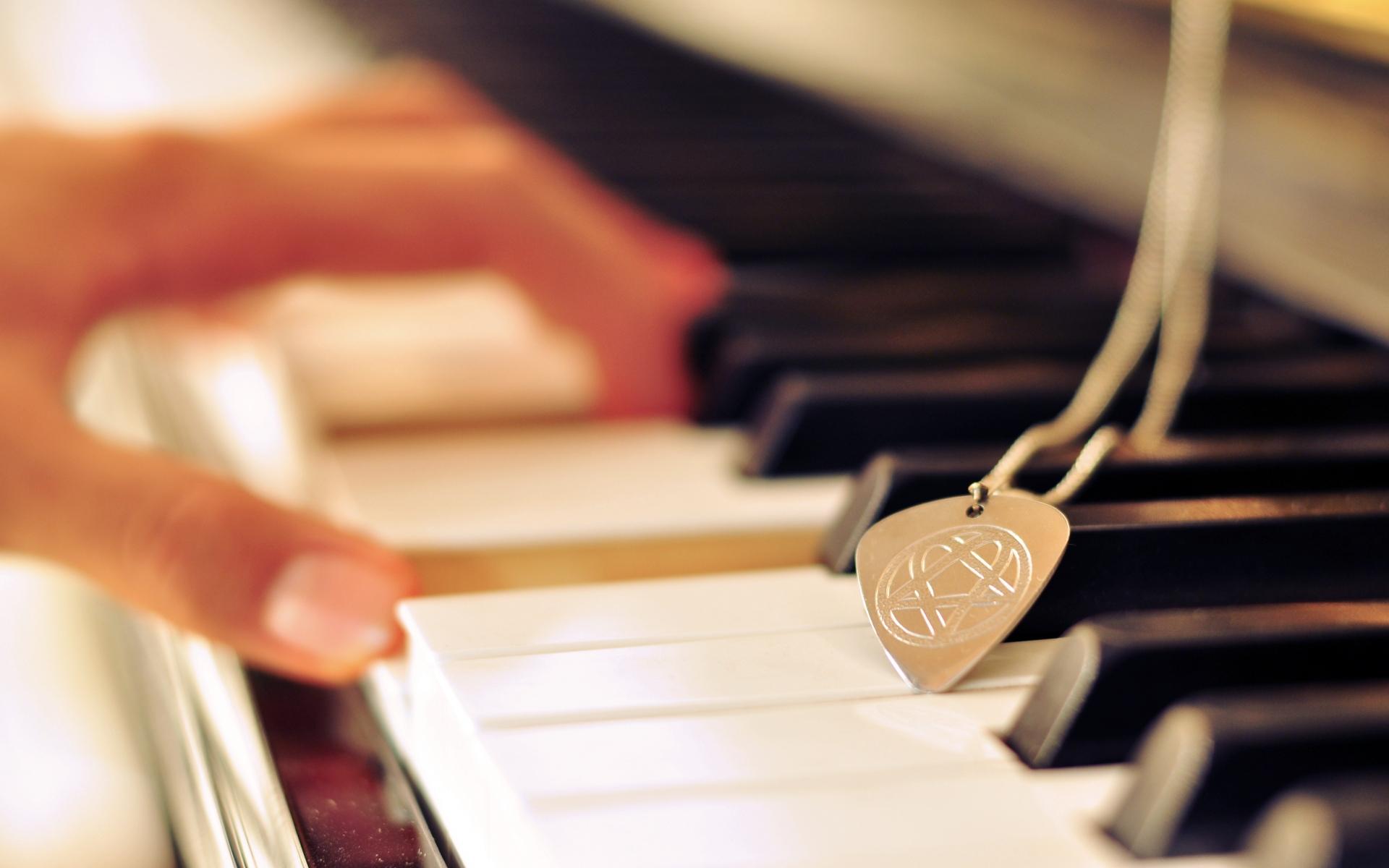картинки фортепиано на телефон него хорошие отношения