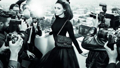Mila kunis, актриса, папарацци, образ, стиль, черно-белый